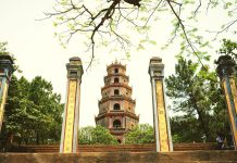 chùa Thiên Mụ ở Huế