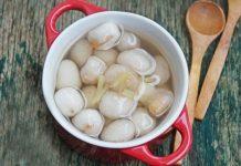 Chè bột lọc heo quay món ăn đặc sản xứ Huế