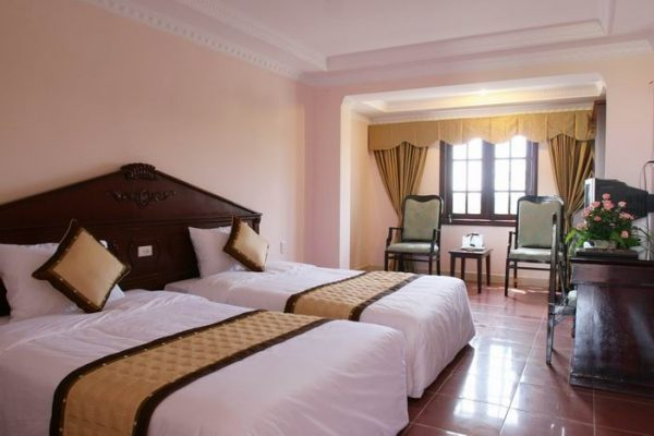 khách sạn trên đảo cô tô