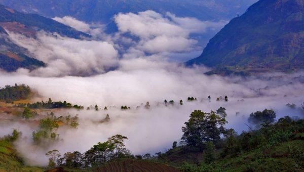 Lũng Vân điểm du lịch Hòa Bình