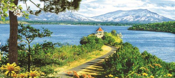 Hồ T'nưng là một trong những điểm đến không nên bỏ lỡ
