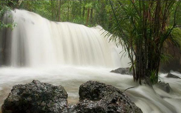SUỐI TRANH- con suối ở Phú Quốc