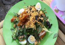quán bánh tráng trộn nổi tiếng nhất Sài Gòn
