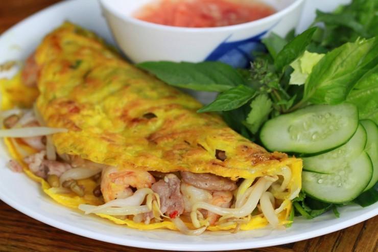 Bánh xèo mực -món ngon ở Nha Trang